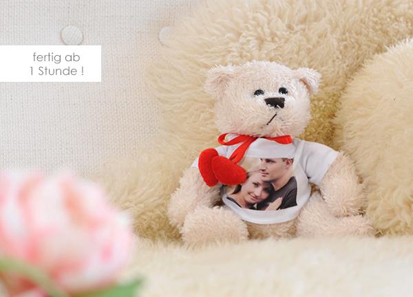 Kuscheltier Teddybär herz weiß mit eigenem Foto
